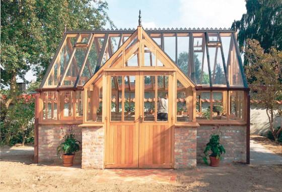 garden-greenhouse-cedertra