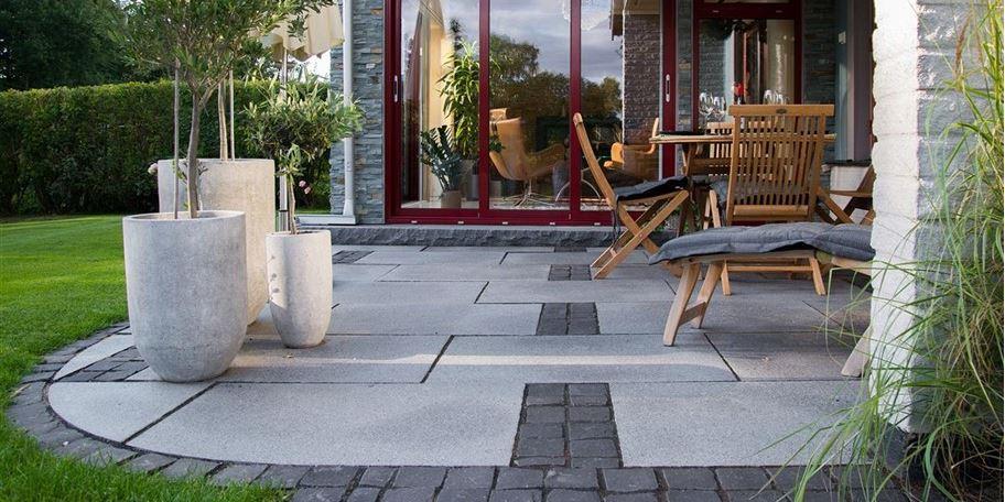 Marksten & Murar är ett viktigt inslag i trädgården.