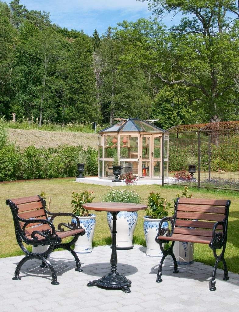 Lusthus i Cederträ från Garden & Greenhouse